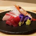 にくにはにくの 肉料理と和食 - ☆お造り盛り合わせ(*^_^*)☆