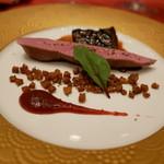 ホテルオークラレストラン新宿 ワイン&ダイニング デューク - バルバリー鴨のロースト イチジクとシェリービネガーの香り