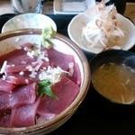 12054199 - マグロ丼(850円)