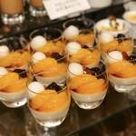 HATSUNEYA GARDEN CAFE - 白玉飴蜜きな粉のブランマンジェ@白玉は絶妙の柔らかさ。大ぶりのみかんコンポートも甘く優しいきな粉ブランマンジェ