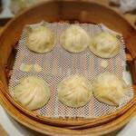 Dhintaifon - 小籠包3種盛り(ホタテ、豚、かに味噌)