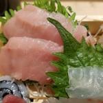 魚力食堂 - 中トロの勇姿。