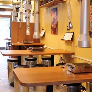 貸切利用◎明るく活気のある店内で、楽しいお食事の時間を♪