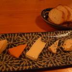 12061174 - チーズの盛り合わせ @1600