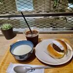 アールベイカー - スープセット(クラムチャウダー/コーヒー/あんホイップ)