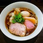 120630557 - 醤油特製らぁ麺