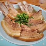 お肉の店 仲村 - 料理写真:お肉屋そば(大)