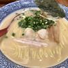 赤坂麺処 友 - 料理写真:濃厚鶏塩830円税込