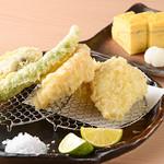 追っかけ鮨 地魚料理 松輪 - 天ぷら盛り合わせ&だし巻き玉子