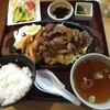 トミスミート - 料理写真:牛肉野菜炒め定食 950円(税別)