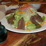 居酒屋島城 - 宮古牛のサラダ