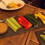 Gatito - 野菜スティック with ハラペーニョ味噌ソース。この味噌だけでもテキーラが呑める(笑)