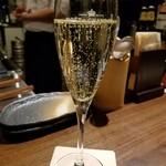 TEPPAN YARO - 泡で乾杯