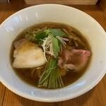 らぁ麺 トーリー - 料理写真:醤油らぁ麺