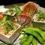 名古屋コーチン 個室居酒屋 京膳 - 蒸し鶏の利休和えと枝豆