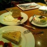 TRATTORIA Alioli - デザート3種類。パンナコッタとシフォンケーキと・・あとなんだっけ