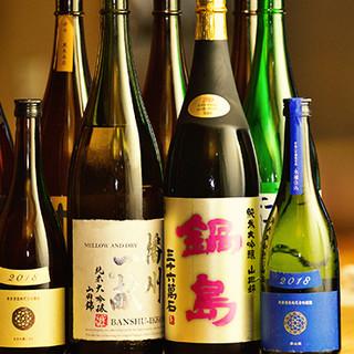 すっきりとした日本酒は、こだわりの逸品と合わせて