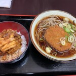 おそば天かめ - 牛肉コロッケ蕎麦 + かき揚げ丼