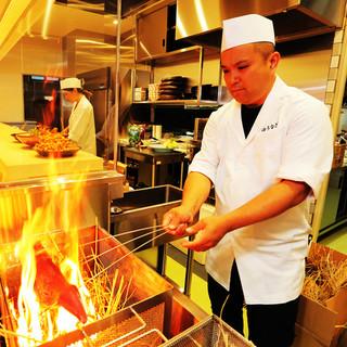 カツオ・サワラの藁焼きが自慢