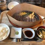 肉山 福岡 - サガリ定食