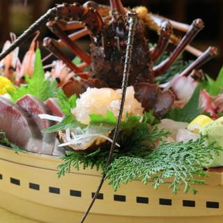 市場仕入れの新鮮魚介が毎日入荷。季節の旬魚をたっぷり贅沢に。