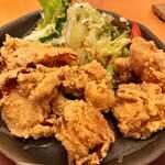 讃岐の食 やまや - 料理写真:唐揚げは見た目から食をそそる もも肉で柔らかいボリュームあります6個入☆