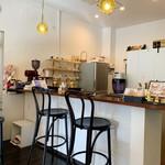 癒し占いカフェ 千代 - 店内