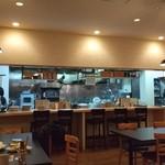 自然派ワイン食堂 ジュンヴイーノ - 店内