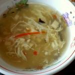 四川料理 江湖 - とろみのある卵スープ。
