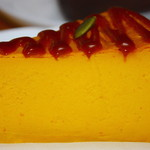 月光 - かぼちゃのメイプルチーズケーキ520円断面