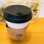 コーヒースタンド ポレポレ - 紙コップによる提供となります