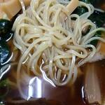 ラーメンハウス大将 - 麺はこんな感じ