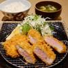 三匹の黒豚 - 料理写真:黒豚ヒレカツ定食