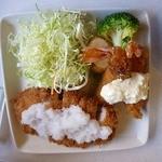 花鶴 - 豚カツ(おろしソース)海老フライ付き