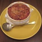 ラミ - オニオングラタンスープ 680円