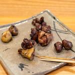 柚木元 - コガモと真鴨のモツ盛り合わせ(首、ボンジリ、血抜きしていないハツ、レバー、砂肝)