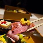 120744285 - 神戸牛肉寿司