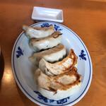 中華飯店 康楽 - 餃子、でかい!