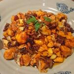 Chuugokukyoudoryourikinri - 海老と鶏肉の炒め
