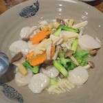 中国郷土料理 錦里 - ホタテと季節野菜の炒め