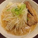 ロクゴーガッツ - ガッツらーめん(味噌)(750円)
