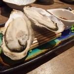 12077891 - 「 真牡蠣 」 1ヶ ¥380
