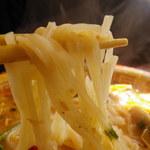 12078379 - トムヤムクンラーメンの麺
