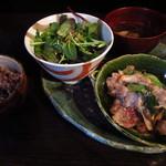 """野菜居酒屋 玄気 - """"豚ロース塩麹焼き""""セット¥800"""