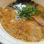 自然派ラーメン処 麻ほろ - こってり醤油ラーメン(定食用)背油たっぷりトンコツ+魚介出汁