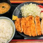 Kushikatsudengana - ジャンボチキンカツ定食(ご飯大盛) 630円(大盛=同価格)