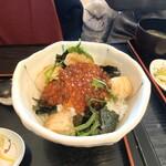 120810409 - いくら醤油漬け・ホタテ シコシコ丼