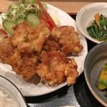 宗村食堂 - 鶏の唐揚げ定食(刺身付)の鶏の唐揚げ(アップ)