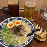 hakatara-menshinshin - スペシャル3点セット ¥1300 煮玉子入りらーめん バリカタ +餃子5個+生ビール