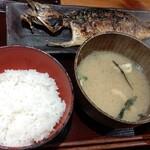 しんぱち食堂 - サバ文化干し定食